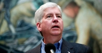 Calls for Michigan Gov. Snyder's Arrest as Flint Poisoning Scandal Implicates Top Staffers